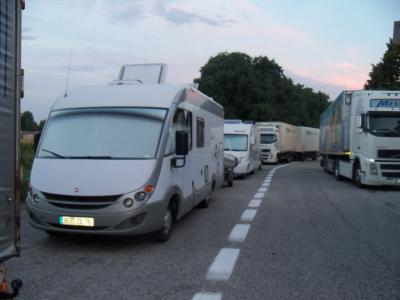 petite halte sur un parking d autoroute en Italie : à proscrire !!